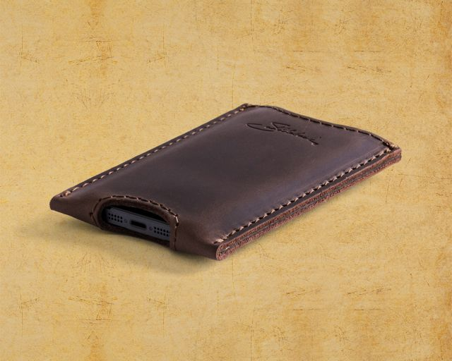 Saddleback Leather iPhone 5 case in Dark Coffee Brown quarter view