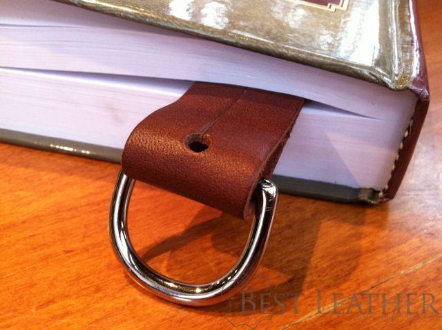 saddleback leather utility strap bookmark