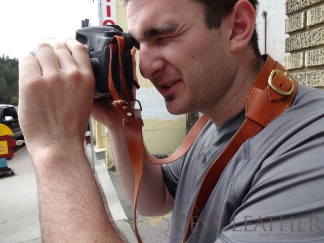 Hidden Mountain Curriers Leather Camera Strap2