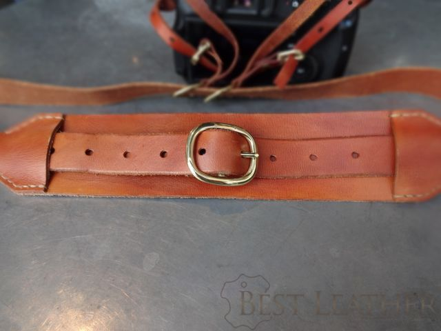 Hidden Mountain Curriers Leather Camera Strap6