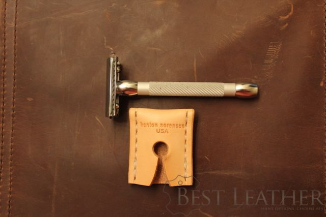 Kenton Sorenson Leather Safety Razor Sheath Review3