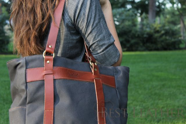 White Wing Label Tote Review4