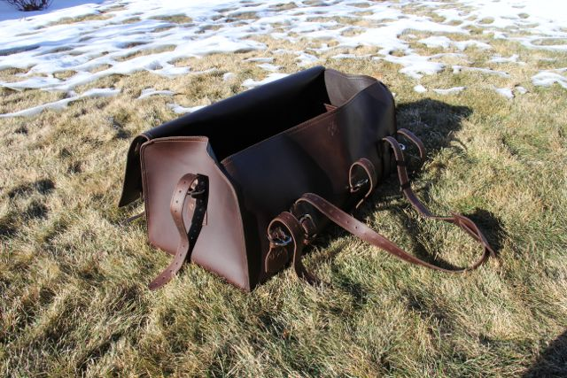 Saddleback Leather Beast Duffel Bag02