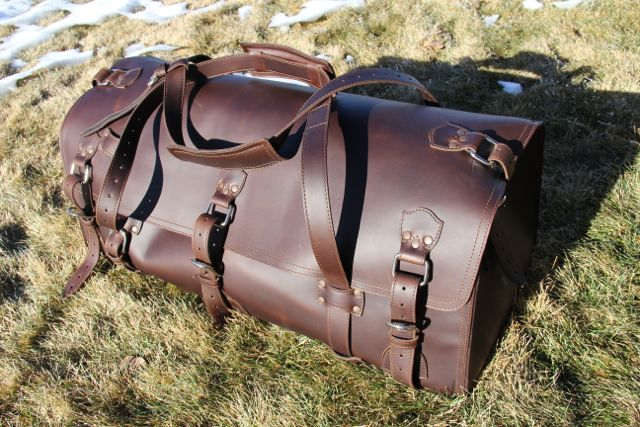 Saddleback Leather Beast Duffel Bag05